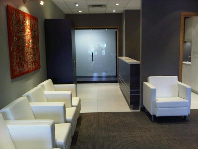 Salle d'attente de la Clinique privée de Saint Jean